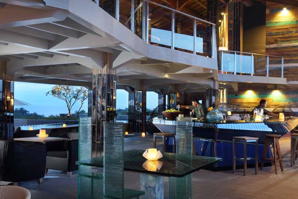 AYANA Resort_Unique_Rooftop Bar_Inside