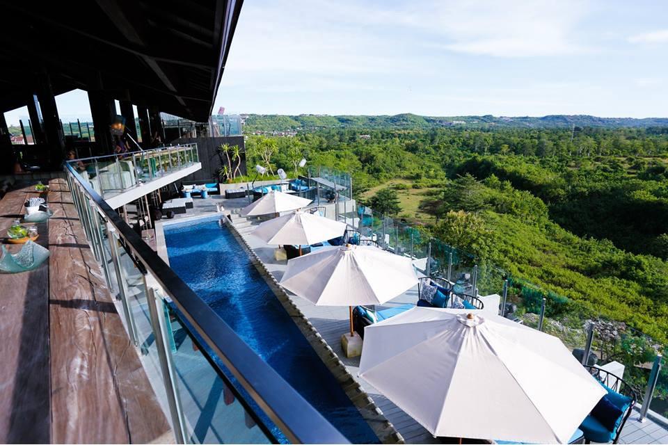 AYANA Resort_Unique_Rooftop_Bar_Pool