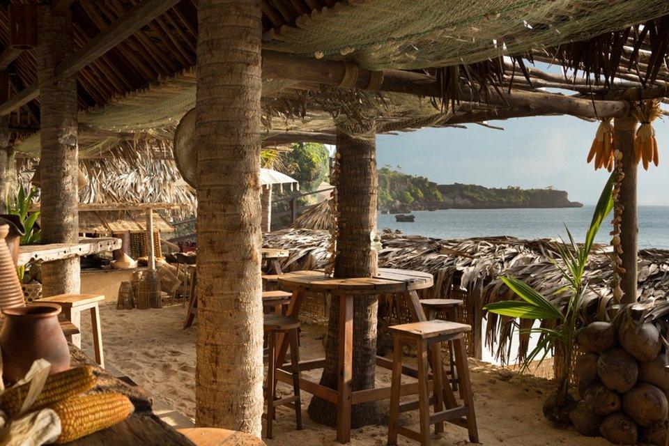 Ayana Resort, Kubu Beach Club_Inside