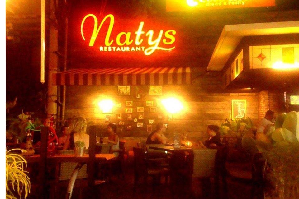 Natys Restaurant Seminyak_Night