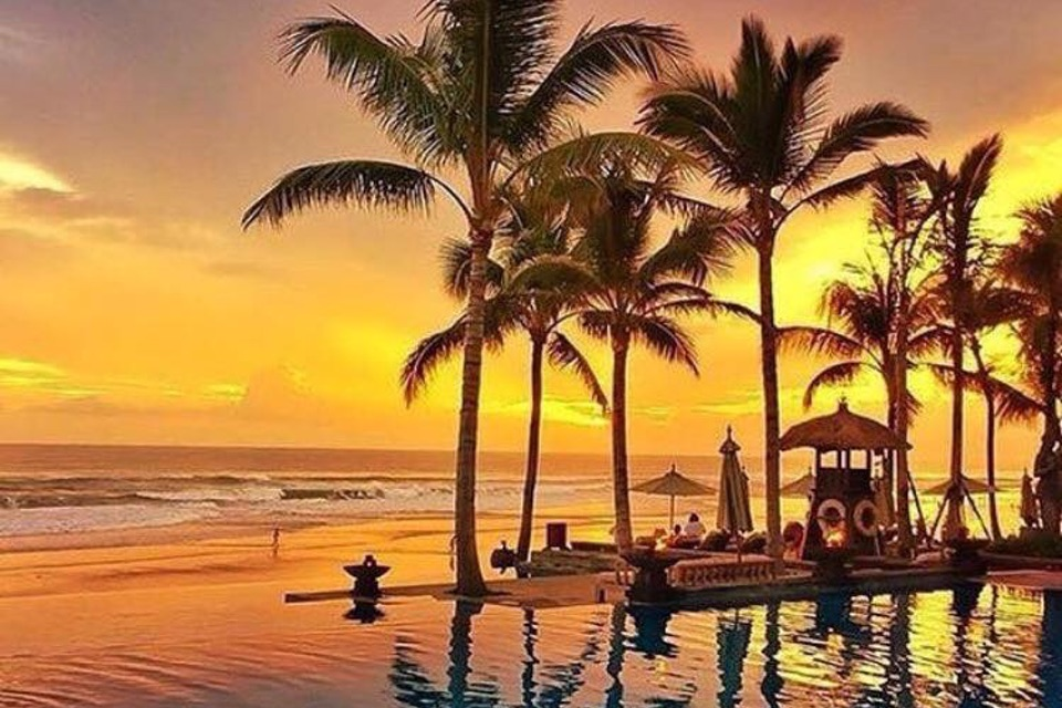The Legian Bali, Sunset