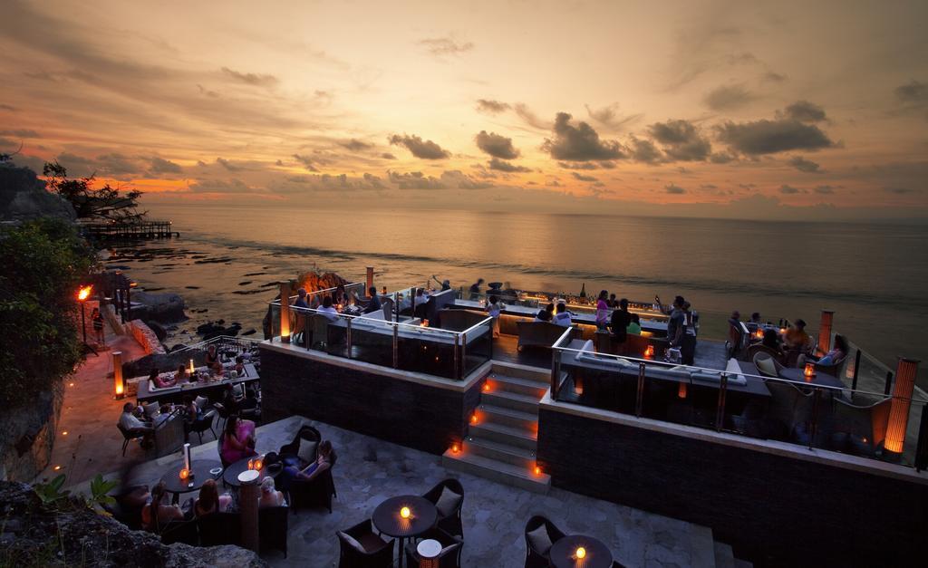 Ayana Resort and Spa, Sunset lounge area